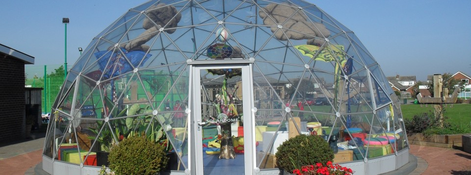 SOLARDOME Vega at Westgarth Primary School - their multifunctional learning space